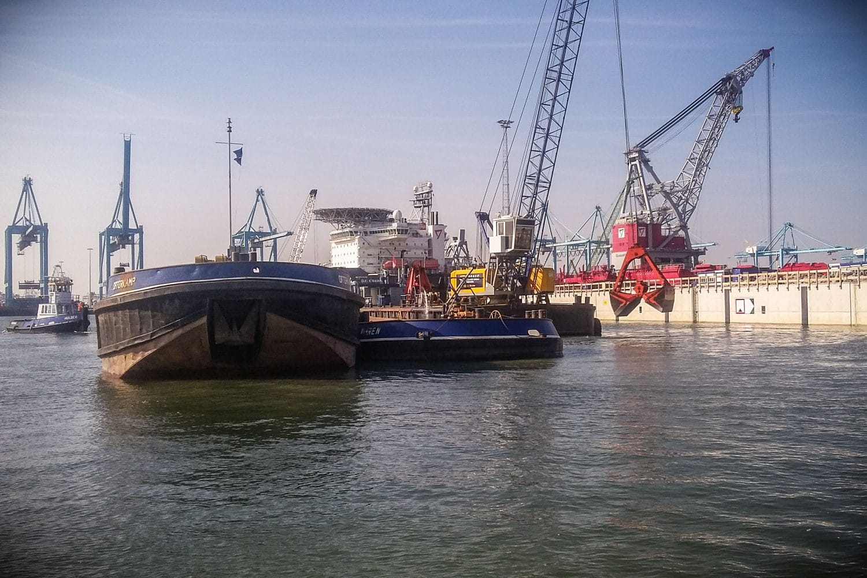 RPS-artikel-monstercampagne-havenbedrijf-rotterdam-baggerwerkzaamheden